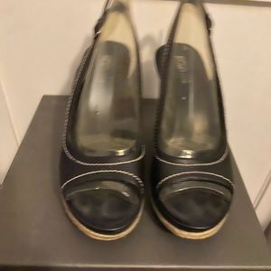 Kenneth Cole wedge shoes Black size 8